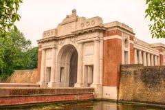 Primera Guerra Mundial conmemorativa del edificio de la puerta de Ypres Menin Foto de archivo libre de regalías