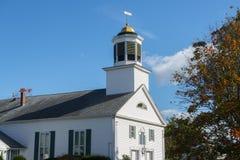 Primera iglesia de Merrimack en Merrimack, NH, los E.E.U.U. fotos de archivo
