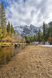 Primera nieve en el valle de Yosemite Fotografía de archivo