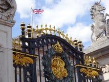 Primera puerta - Queen& x27; palacio de s foto de archivo