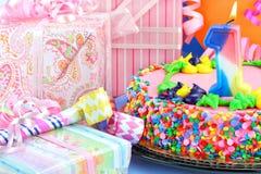 Primera torta de la fiesta de cumpleaños Fotografía de archivo