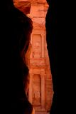 Primera vista del Hacienda (Al Khazneh) en el Petra Imagen de archivo