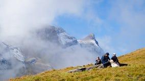 Primeras montañas Suiza Fotos de archivo