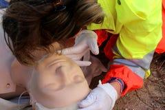 Primeros auxilios, reanimación Foto de archivo libre de regalías