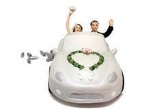 Primeros de la torta del coche de la boda Fotografía de archivo