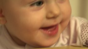 Primi denti preparati neonata closeup 4K UltraHD, UHD stock footage