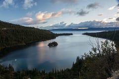 Primo mattino in Emerald Bay immagini stock