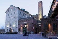 Primo mattino nel distretto della distilleria - Toronto, SOPRA Immagine Stock Libera da Diritti