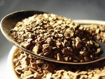 Primo piano 3 del cucchiaio del metallo del caffè solubile Immagini Stock Libere da Diritti