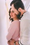 Primo piano amoroso delle coppie Fotografie Stock