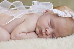 Primo piano angelico del bambino di sonno Fotografie Stock Libere da Diritti