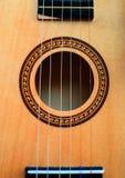 Primo piano classico della chitarra fotografie stock