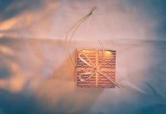 Primo piano degli ornamenti di Natale nel tono d'annata [Spazio] Fotografie Stock Libere da Diritti