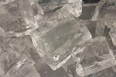Primo piano dei cubi di ghiaccio Fotografia Stock