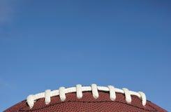 Primo piano dei merletti di football americano Fotografia Stock Libera da Diritti