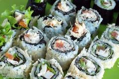 Primo piano dei rotoli di sushi Fotografia Stock Libera da Diritti