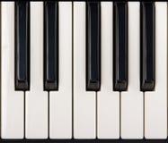 Primo piano dei tasti del piano Fotografia Stock Libera da Diritti
