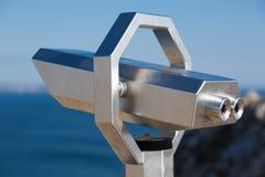 Primo piano del binocolo turistico Fotografia Stock