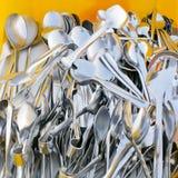 Primo piano del cucchiaio brillante, mandibole Fotografie Stock Libere da Diritti