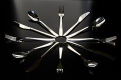 Primo piano del cucchiaio, del coltello e della forchetta Immagine Stock