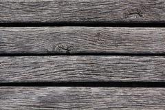 Primo piano del decking stagionato del legno duro Fotografie Stock Libere da Diritti