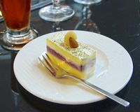Primo piano del dessert di tempo del tè Fotografie Stock Libere da Diritti