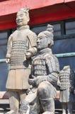 Primo piano del guerriero di terracotta in varie pose Fotografia Stock