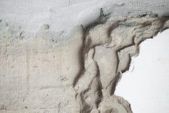 Primo piano del muro di cemento incrinato Fotografia Stock