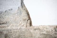 Primo piano del muro di cemento incrinato Fotografie Stock Libere da Diritti