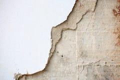 Primo piano del muro di cemento incrinato Immagine Stock Libera da Diritti