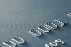 Primo piano del numero di carta di credito parziale immagini stock