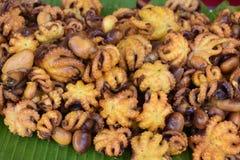 Primo piano del polipo delizioso su un mercato locale del chatuchak del mercato dell'alimento della via in Tailandia, Asia Fotografie Stock Libere da Diritti