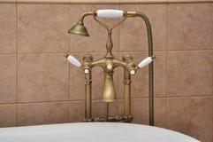 Primo piano del rubinetto di vasca da bagno Fotografia Stock Libera da Diritti