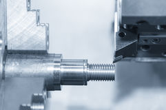Primo piano del tornio della macchina dell'assicella di CNC Fotografia Stock Libera da Diritti