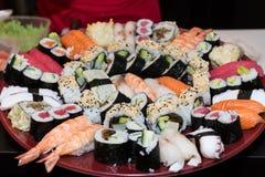 Primo piano del vassoio dei sushi Fotografia Stock