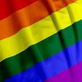 Primo piano della bandierina del Rainbow Immagini Stock