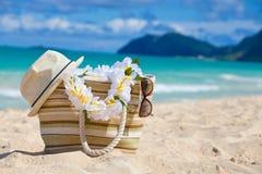 Primo piano della borsa della spiaggia di estate Fotografia Stock