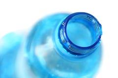 Primo piano della bottiglia di acqua Fotografie Stock