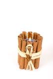 Primo piano della candela dei bastoni di cannella Fotografia Stock Libera da Diritti