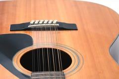 Primo piano della chitarra di soundhole, b Fotografie Stock Libere da Diritti
