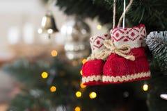 Primo piano della decorazione dell'albero di Natale fotografie stock