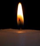 Primo piano della fiamma di candela fotografia stock