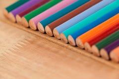 Primo piano della matita colorata in una fila Fotografia Stock Libera da Diritti