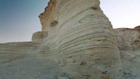 Primo piano della roccia degli strati archivi video