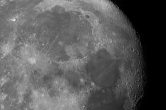 Primo piano della superficie della luna fotografie stock libere da diritti