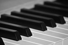 Primo piano della tastiera di piano Fotografia Stock