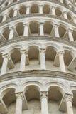 Primo piano della torre di Pisa Fotografia Stock
