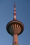 Primo piano della torre di Tallinn TV, Estonia Fotografie Stock