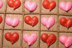 Primo piano della torta del biglietto di S. Valentino fotografia stock libera da diritti