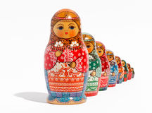 Primo piano delle bambole russe tradizionali di matryoshka Immagini Stock Libere da Diritti